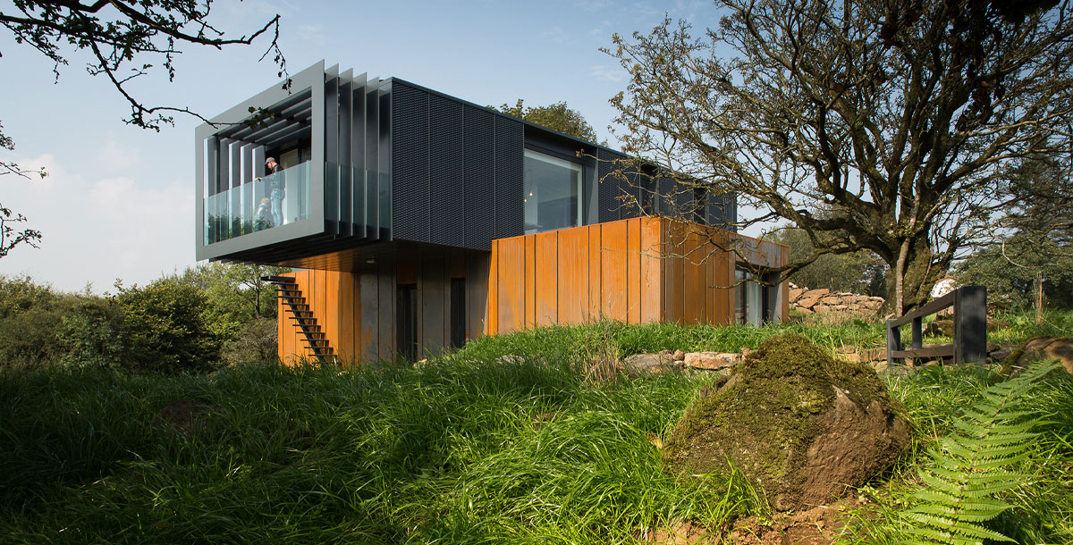 Patrick Bradley's shipping container house