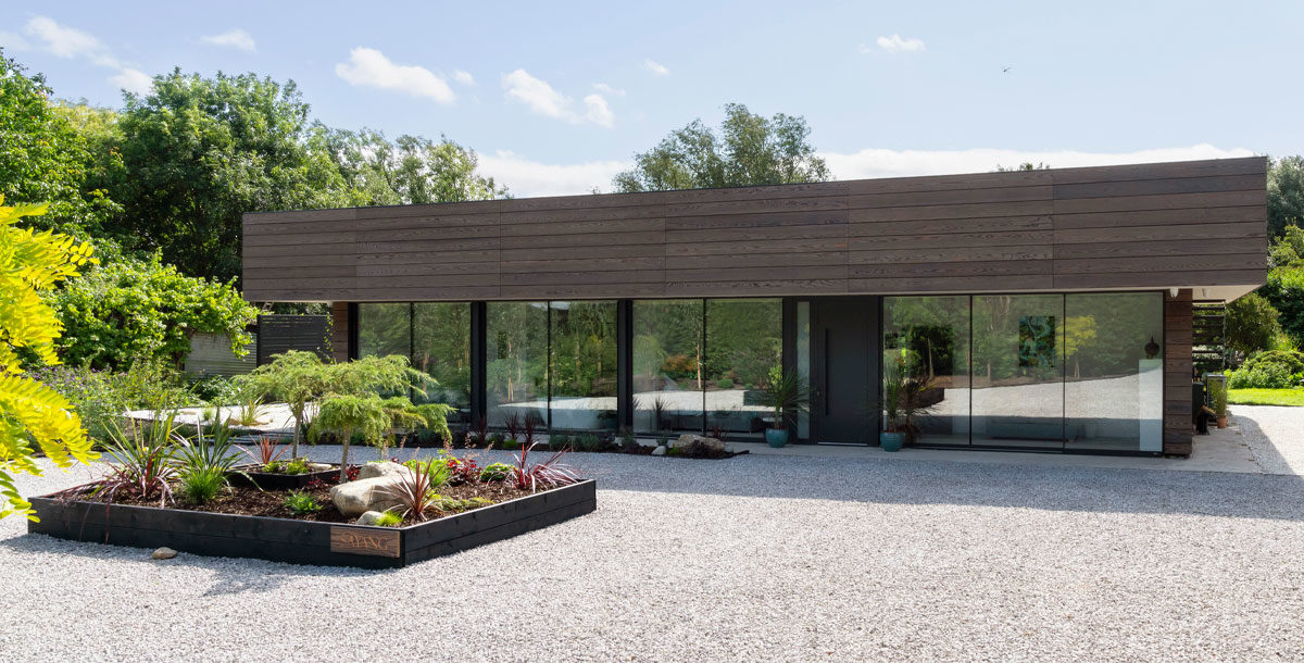 grand designs ely: gretta's malaysia house with shou sugi ban cladding